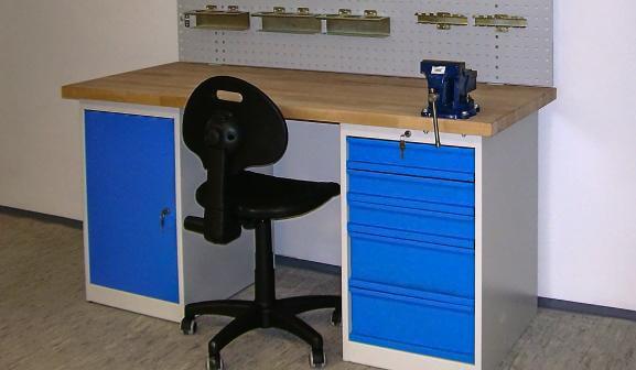 dielenské stoly AXTOR